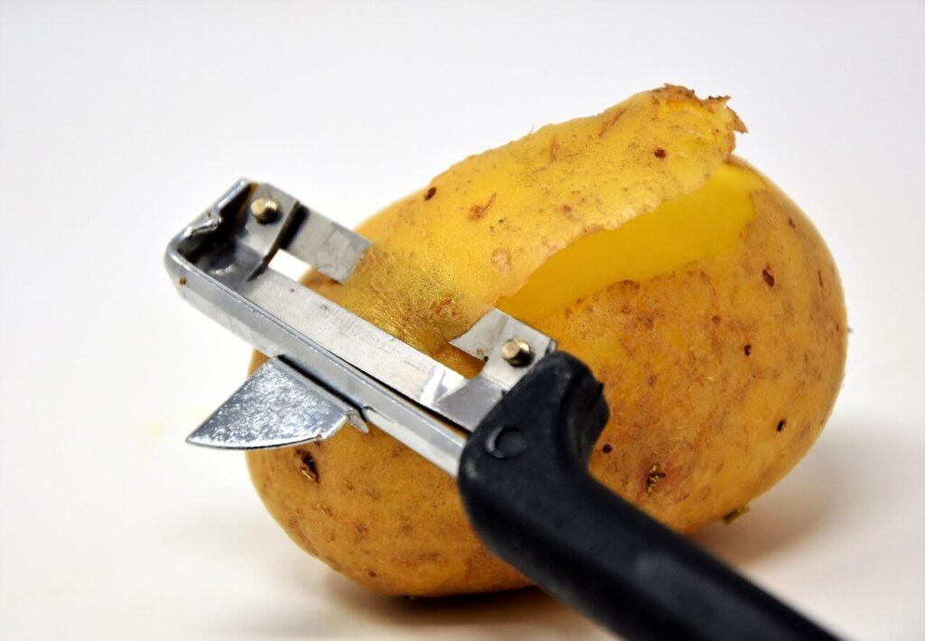 Potatoes-for-skin-spots